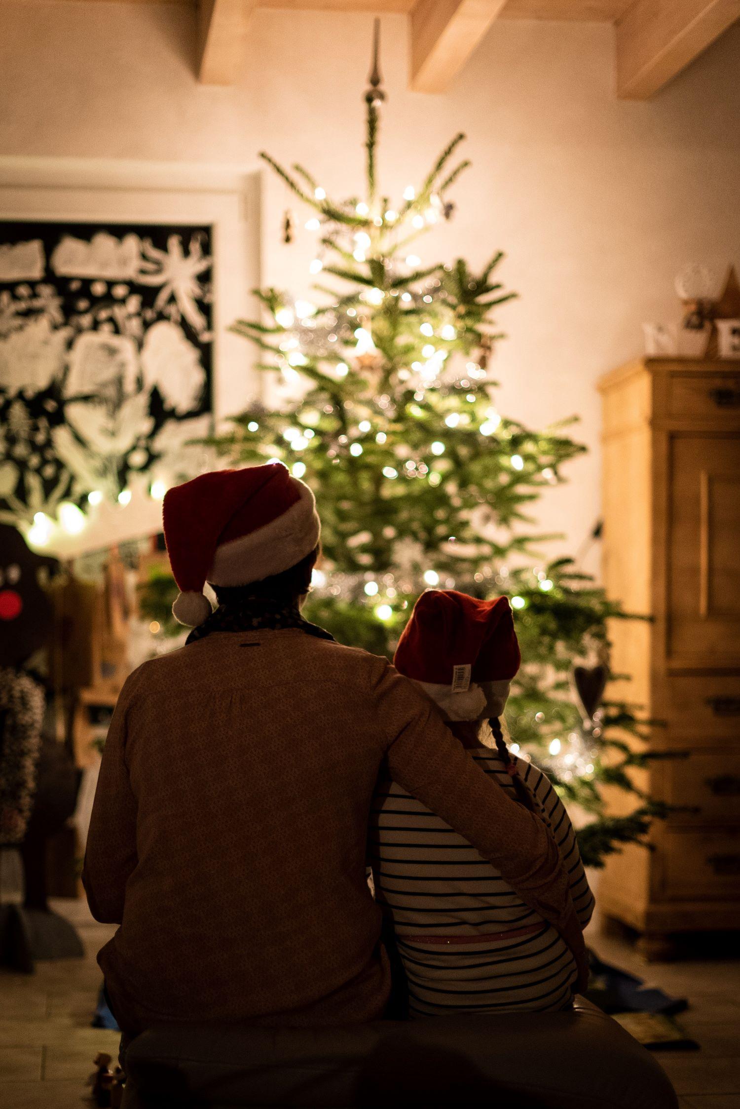 HOPE brings five holiday spending tips